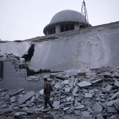 Förstörd moské i Azaz