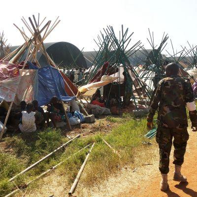Civila har sökt skydd utanför huvudstaden Juba