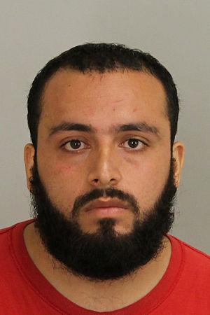 Ahmad Khan Rahami åtalas bland annat för mordförsök på poliser och användning av massförstörelsevapen