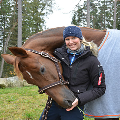 Anna von Wendt med sin häst