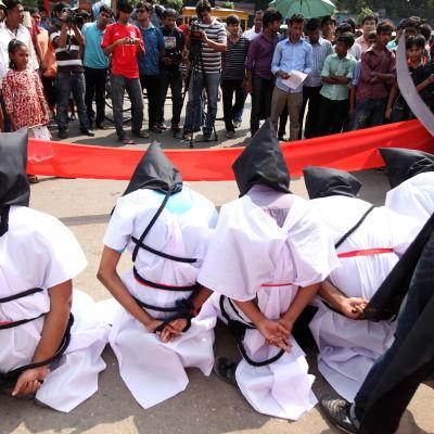 Protest mot Saudiarabiska avrättnignar i Bangladesh