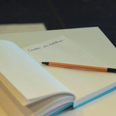 kiitollisuuspäiväkirjassa lukee