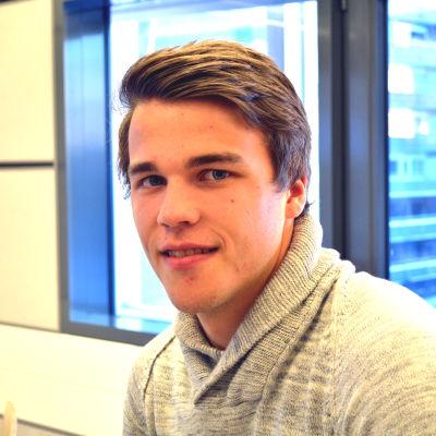 Simon Skrabb, fotbollsproffs.