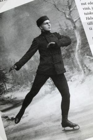 Walter Jakobsson på bild i boken Tähtiä jäällä.