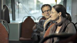 Robin Svartström ja Minna Suuronen elokuvassa Keikka