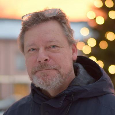 Porträttbild på Marko Reinikainen.