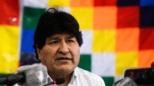 Den landsflyktige ex-presidenten Evo Morales höll en presskonferens i Buenos Aires där han inte avslöjade vilken roll han axlar i Luis Arces administration.