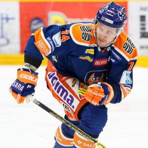Antti Erkinjuntti i Tappara-tröjan.