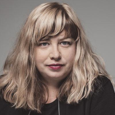 Sofia B Karlsson föreläser om inkuderande idrott.
