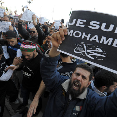 Charlie Hebdo-kravaller i Algeriet.