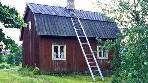 Aleksis Kiven synnyinmökki Nurmijärven Palojoella.