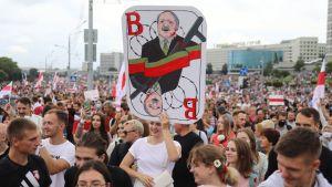 Demonstration i Minsk mot  Aleksandr Lukasjenko