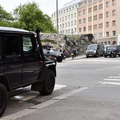 Polisoperation vid Tempelplatsens kyrka i Helsingfors den 18 juni 2017.