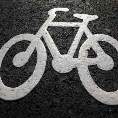 Rakenteilla oleva pyörätie Hervannassa