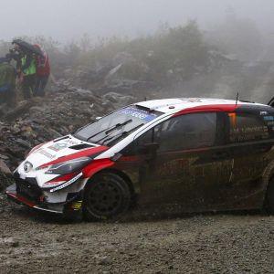 Jari-Matti Latvala kör i Wales