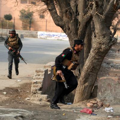 Afghanska säkerhetsstyrkor sätter stopp för attack mot Rädda barnen i Jalalabad