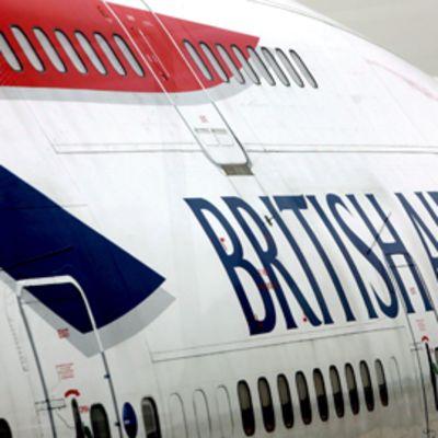 British Airwaysin lentokoneen runko yhtiön tunnuksilla.