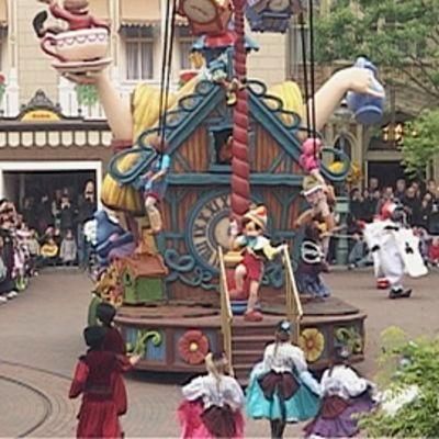 Paraati Pariisin Disneylandissa