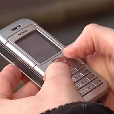 Perinteiset tekstiviestiliput ovat jäämässä historiaan. Kännykkäliput otettiin käyttöön Helsingin sisäisessä liikenteessä vuonna 2001.