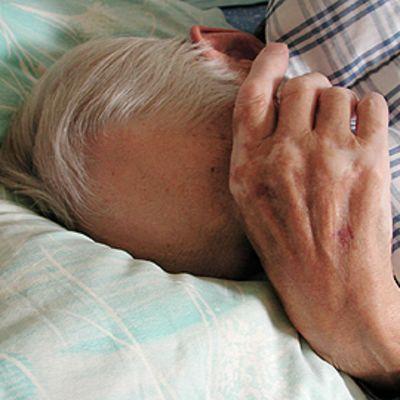 Nukkuva vanhus