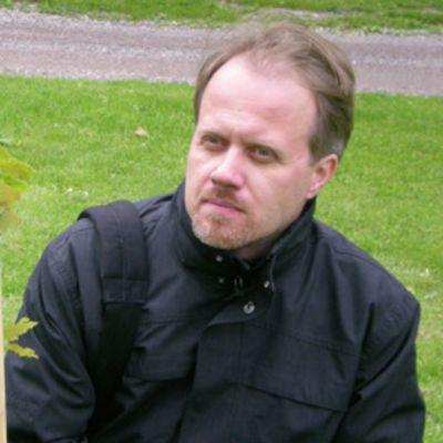 Kirjailija Petri Tamminen.