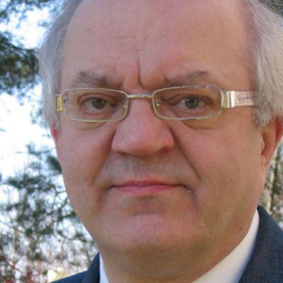 Jari Sinkkonen, lastenpsykiatri