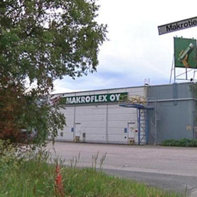 Makroflex Oy Hausjärven Oitissa.