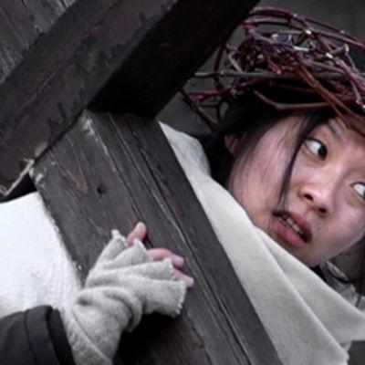 Yuko Takeda näyttelee Jeesusta.