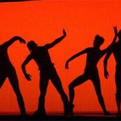Tanssi.