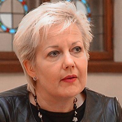 Suvi Lindén.