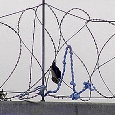 Vanki pakeni Vantaan vankilasta köyden avulla karkauspäivänä 2008.