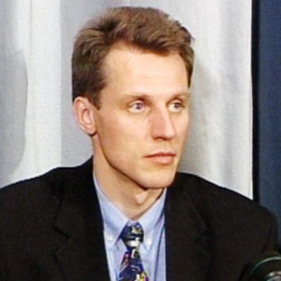 Kari-Pekka Kyrö vuonna 2001.