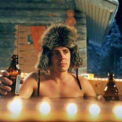 Napapiirin sankarit elokuvassa näyttelevä Jasper Pääkkönen.