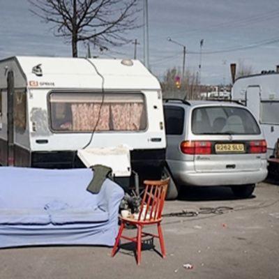 Romanien asuntovaunuleiri Helsingissä.