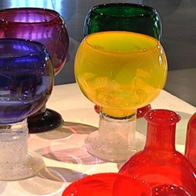 Taiteilija Kaj Franckin vähemmän tunnettuja lasitöitä.