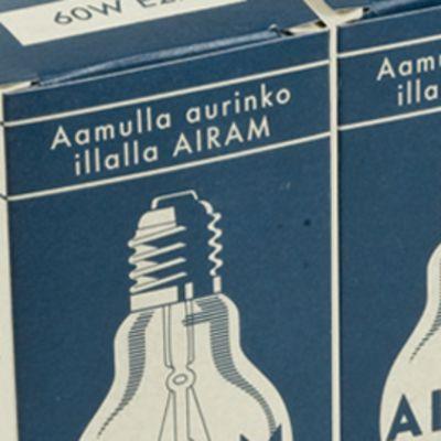 Airam-hehkulamppujen retropakkauksia