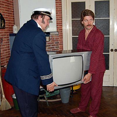 Kohtaus ENSV-televisiosarjasta