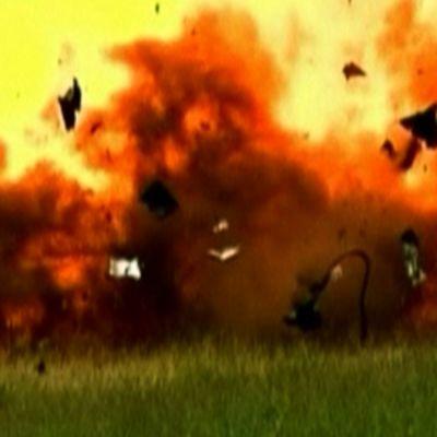 Pommi räjähtää