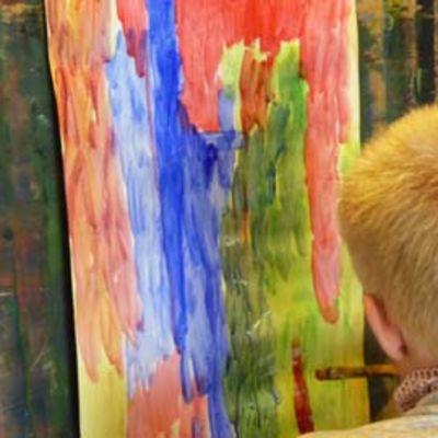 Ville Päivärinne on käynyt vuosien ajan useilla eri taiteenalojen kursseilla.