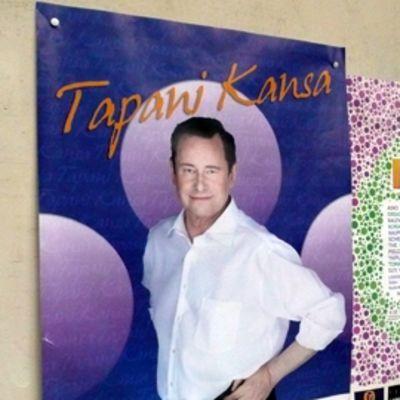2207 TKU Uittamo paviljonki Tapani Kansa Ilmiö! julisteet