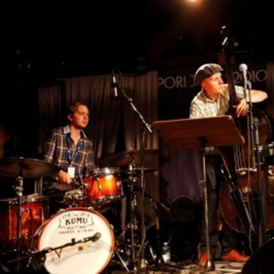 Pori Jazzissa Savolainen soittaa Herd-nimisessä kokoonpanossa.