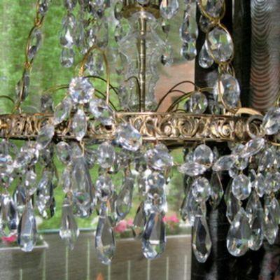 Vanha kristallivalaisin