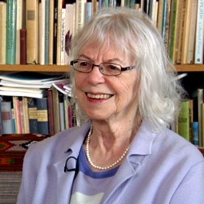 Runoilija, kirjailija ja suomentaja Aila Meriluoto.