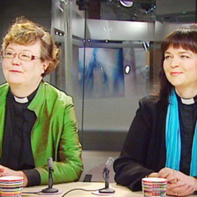 Irja Askola ja Marja Heltelä