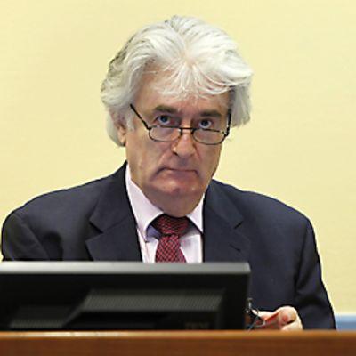 Radovan Karadzic oikeudessa.
