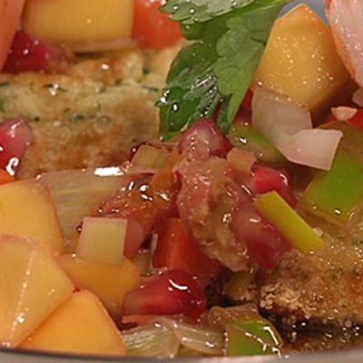Rapumuffini ja kirpeä mangosalaatti