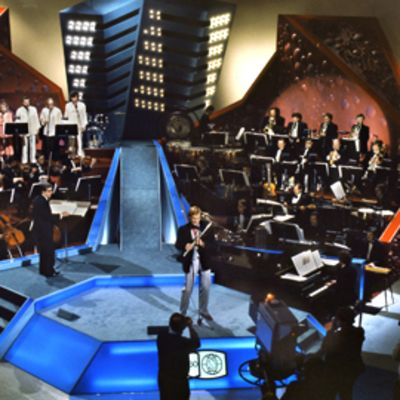 Eurovision karsinnat 1978, Ossi Runne johtaa ja Vesa-Matti Loiri laulaa.
