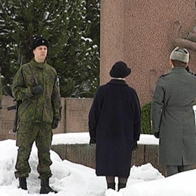 Talvisodan päättymistä muistettiin Tampereella.
