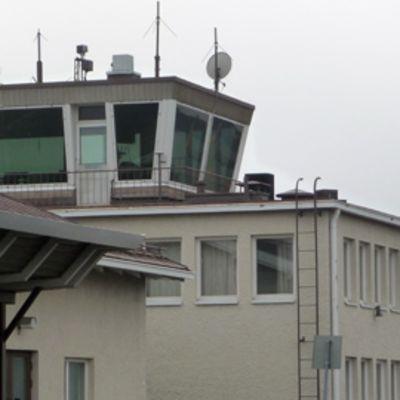 Lennonjohtotorni, Kemi-Tornion lentoasema