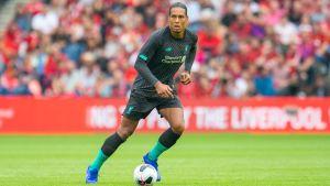 Virgil van Dijk i Liverpool-tröjan.